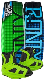 Ronix - 2015 Vault 128 w/District Wakeboard Package